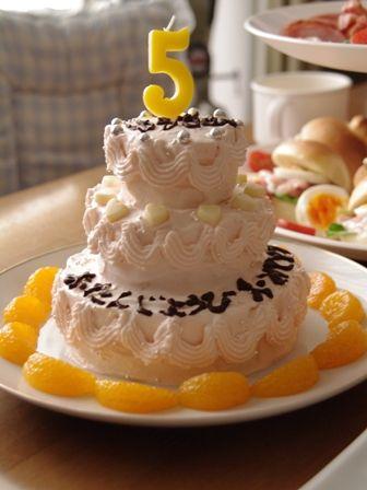 バースデーケーキかんたん3段