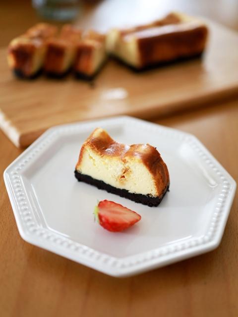 カラメル仕上げのチーズケーキa