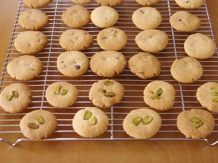 6月チョコチップとピスタチオの簡単お手軽クッキー2種同時焼き04