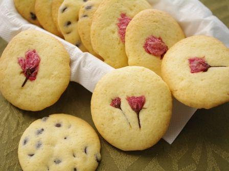 桜とチョコチップの、さく咲くクッキー