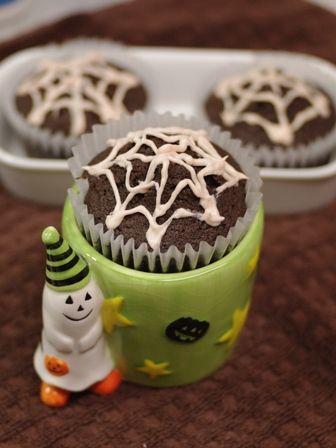 ブラックココアの蜘蛛の巣マフィン☆ハロウィンのお菓子