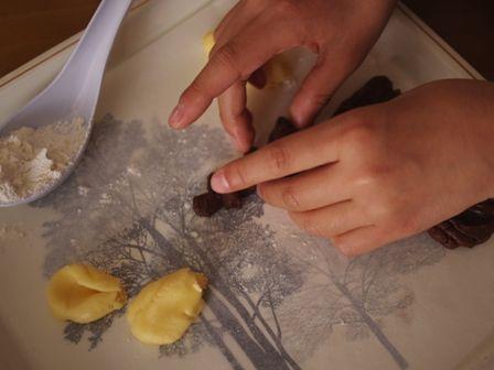ホットケーキミックスでつくる簡単2色デコクッキー05