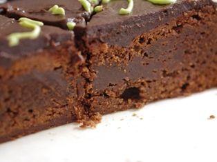 濃厚チョコレートケーキでバースデー00