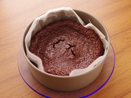 半生ガトーショコラでお誕生日のケーキ01