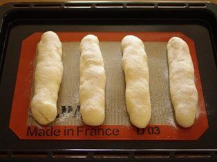 さつまいもパン08