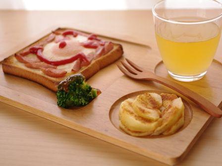 燻製風味のたまごトースト、ホットりんごシナモン