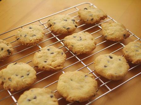 チョコとアーモンドのパリサククッキー