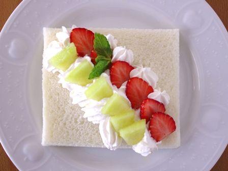 サンドシナイッチ改デザート風いちごとメロン02