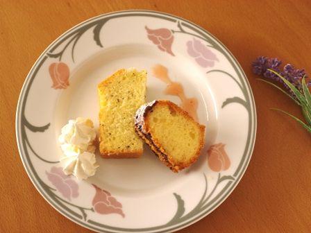 バレンタインのチョコレートとバニラのハートケーキc