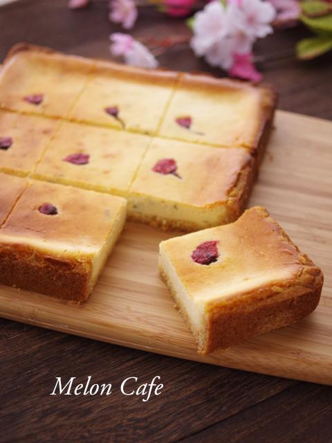 ホットケーキミックスで桜のチーズケーキ