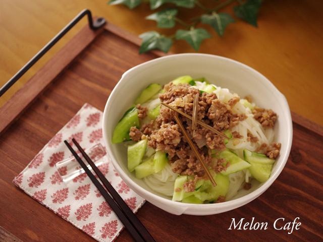 さっぱり肉きゅうり素麺06