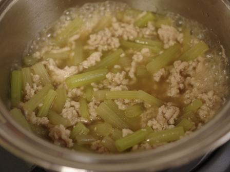 簡単和食ふきの鶏そぼろ煮03