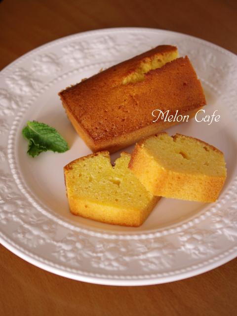 はちみつレモンのしっかりパウンドケーキ