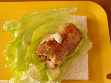 照り焼きチキンのサンドシナイッチ03