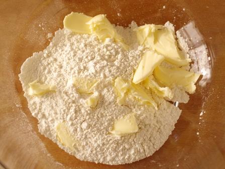 ホットケーキミックスで簡単クリームチーズタルト01
