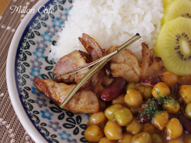 子どもと一緒に食べるタイ料理03