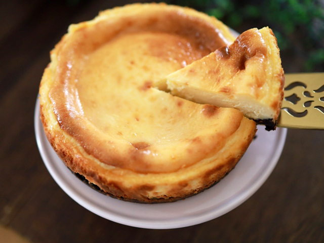 チョコチップココア台のチーズケーキ04