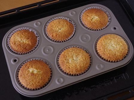 栗まるごと紅茶のはちみつカップケーキ05