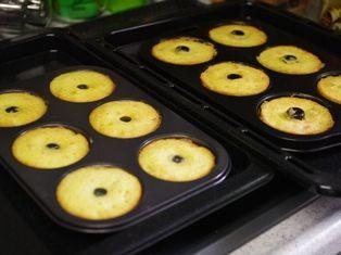 フルーツケーキの焼きドーナツ04