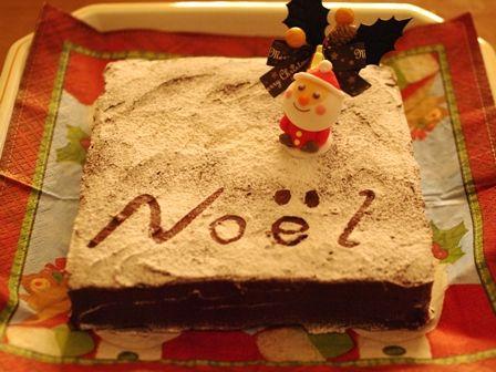 チョコレートガナッシュのクリスマスケーキ