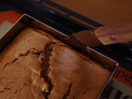 キャドバリーデイリーミルクフルーツアンドナッツでつくるゼブラ柄の簡単スクエアケーキ05