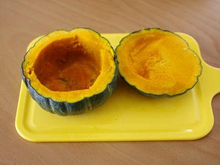 ホットケーキミックスでつくる簡単まるごとかぼちゃのもこもこケーキ02