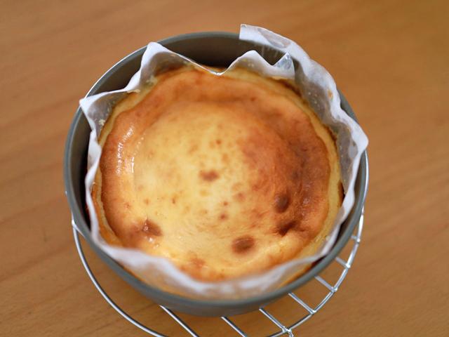 チョコチップココア台のチーズケーキ16