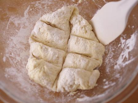 簡単たまねぎとベーコンのホットケーキミックスパン04