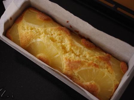 焼きたてパイナップルケーキ03