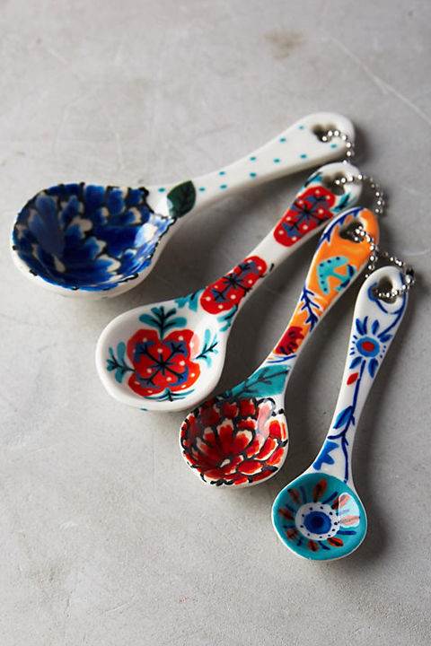painted-measuring-spoons