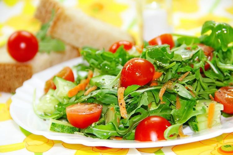 salad-3304346_960_720