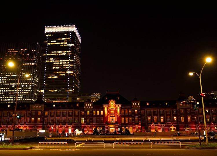 tokyo-station-1373465_960_720