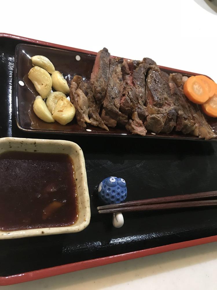 【画像】ワイ、ステーキを作る!!