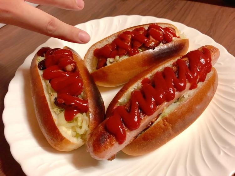 【画像】ニートぼくめちゃうま特大ホットドッグスを作るwwwwwwwwww