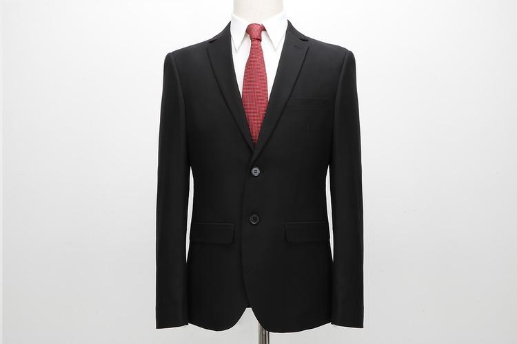 suit-2688310_960_720