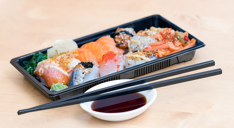 sushi-1858800_960_720