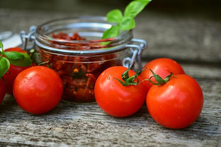 tomatoes-2500835_960_720