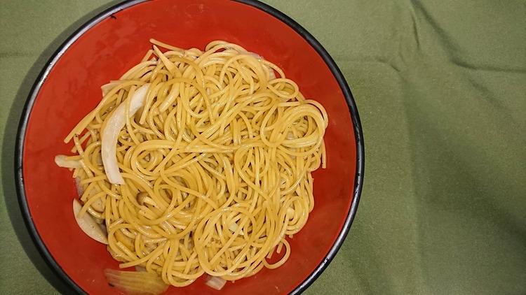 【画像】具たくさんの醤油スパゲティー的なの作ったwwwwwww