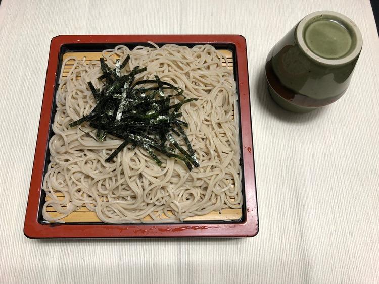 藤井聡太七段、昼食に冷きつねそばを注文する