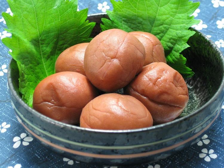 pickled-plum-410338_960_720