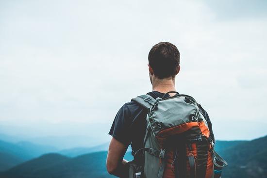 hiker-1149877_960_720