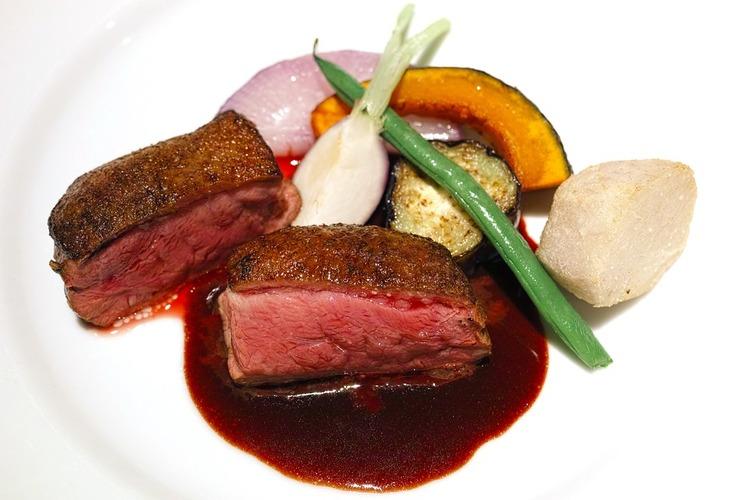 restaurant-1819034_960_720