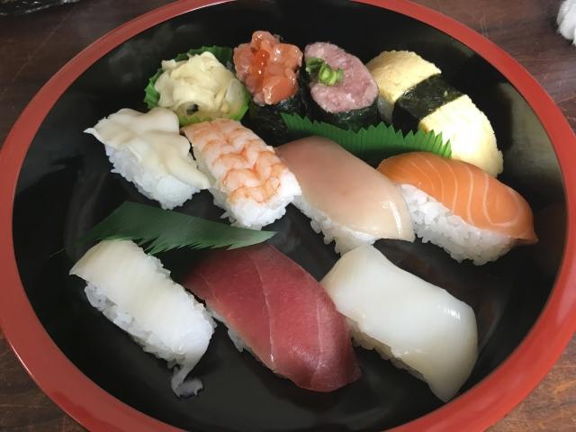 世界の美味しい料理ランキングで寿司が3位!