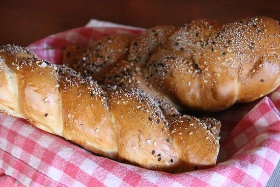 bread-1902083_960_720