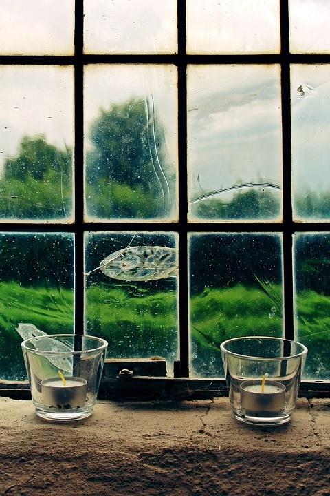window-1629018_960_720