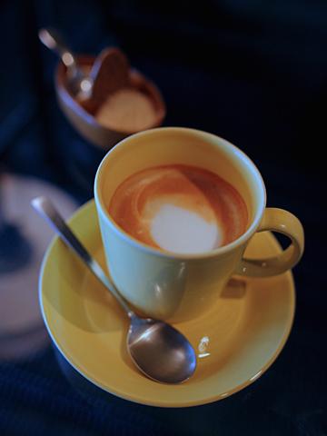 cafe bibliotic HELLO!:カフェラテ