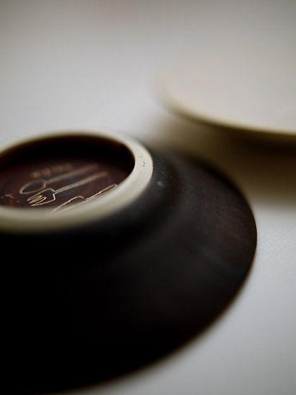 福岡彩子さんの豆皿(高台):横から