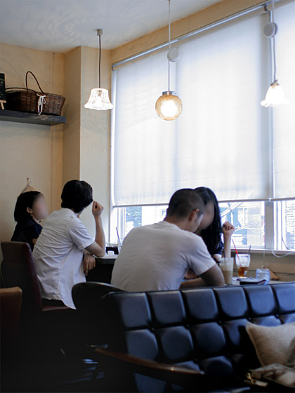 Cafe One:店内