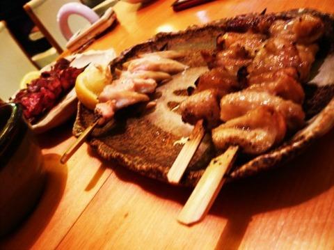 「焼き鳥の串外し」「寿司のシャリ残し」
