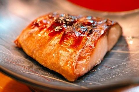 日本人「和食は健康!塩ドバババ